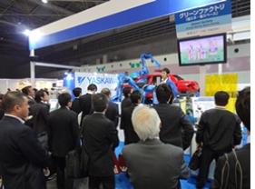 2012年度の国際ウエルディングショー溶接 ロボットf.jpg