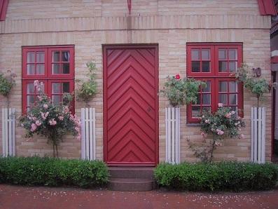 germany-ドアと花2.jpg