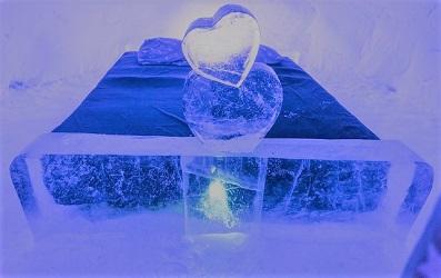 snowhotel-氷の彫刻2.jpg
